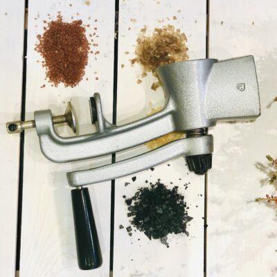 Retro pipra- või soolapurusti. Eelmisest sajandist